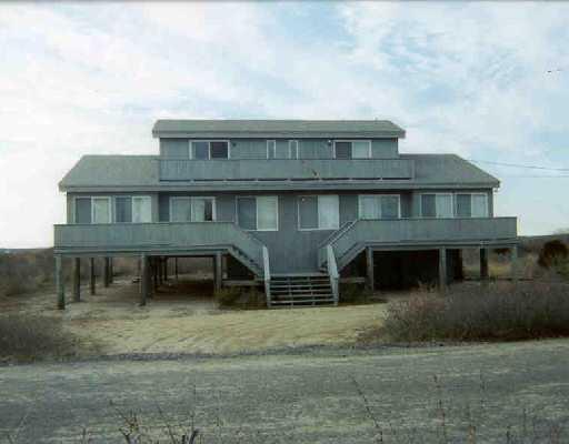 729 Charlestown Beach Road, Charlestown