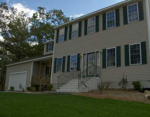 95 Moraine Court, South Kingstown