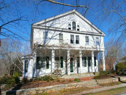 58 Old North Road, South Kingstown