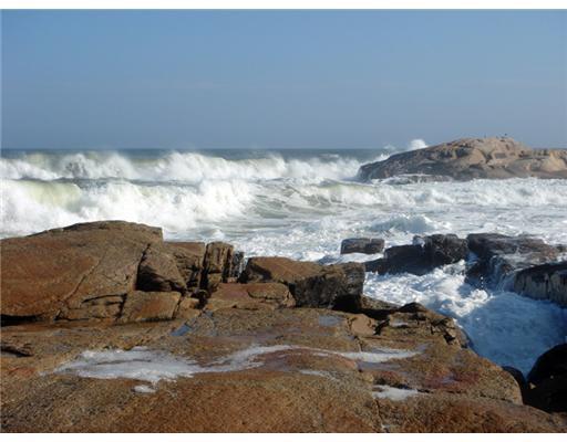 580 Ocean Road, Narragansett