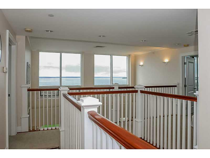 Additional photo for property listing at 1 TOWER DR 1005, Portsmouth, Rhode Island  Portsmouth, Rhode Island,02871 United States