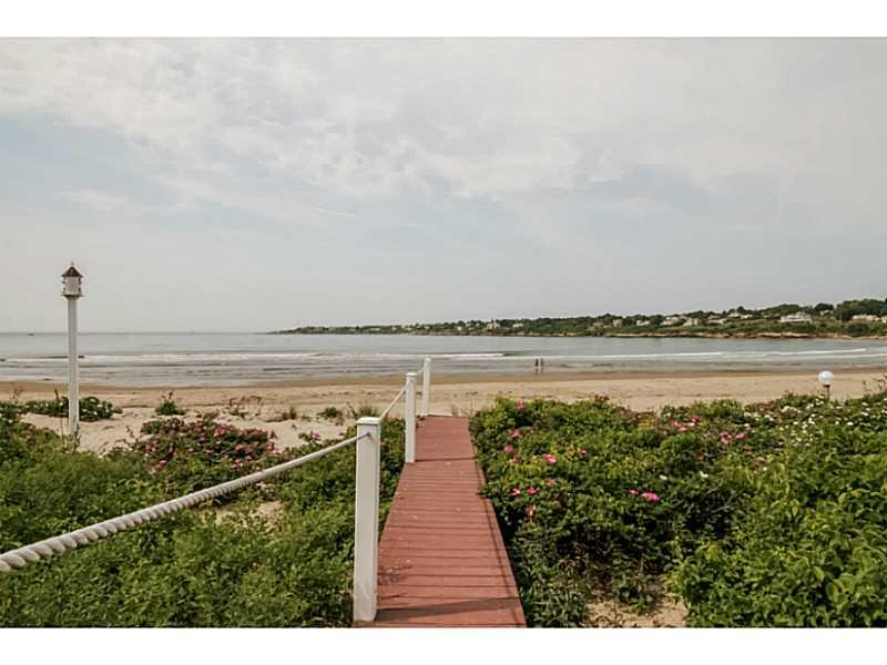 21 Dunes Road, Narragansett