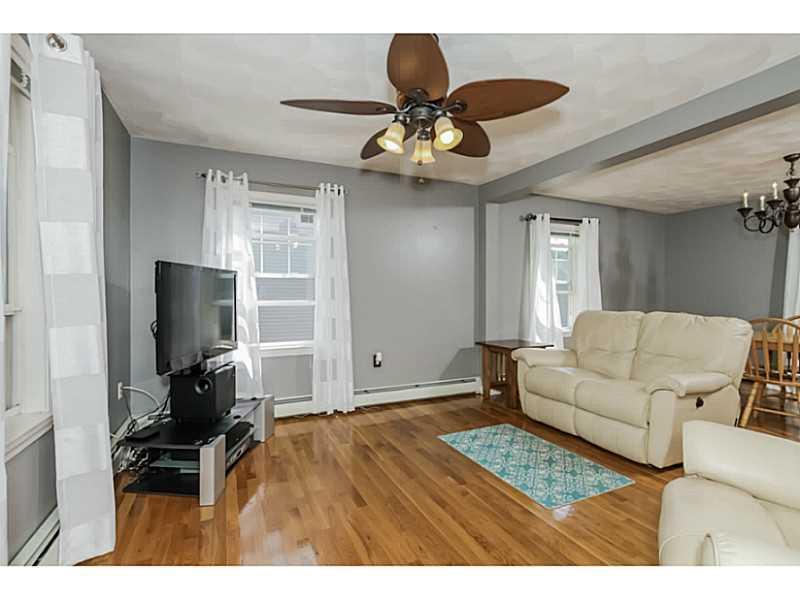 204 Oakdale Avenue, Pawtucket