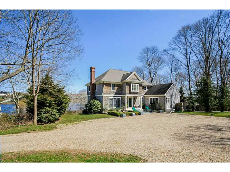 53 Green End Avenue, Middletown