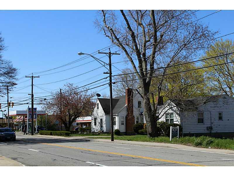 121 Granite Street, Westerly