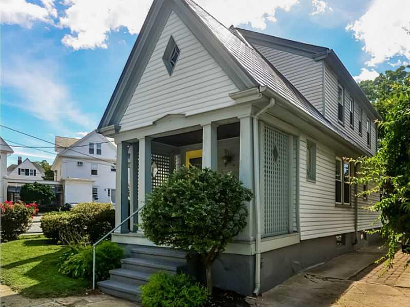 7 Howard Avenue, Pawtucket