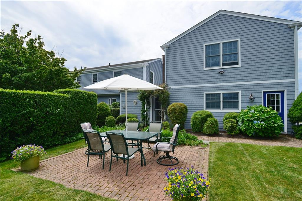 Additional photo for property listing at 1 Doris TER, Newport, Rhode Island  Newport, Rhode Island,02840 États-Unis