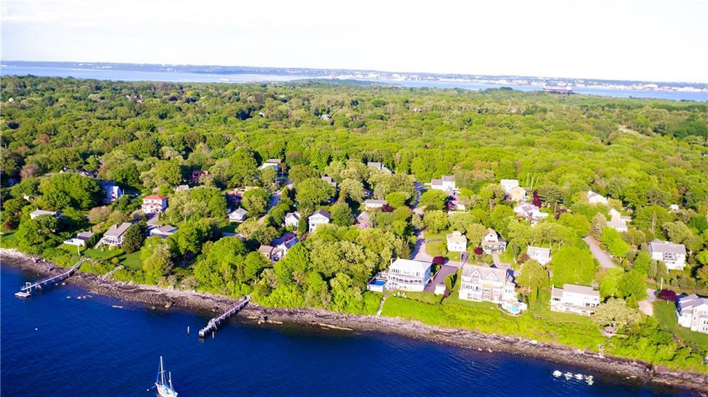 139 Seaside Drive, Jamestown