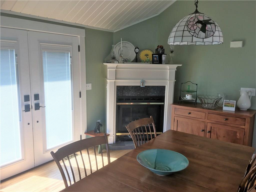 96 Featherbed Lane, North Kingstown