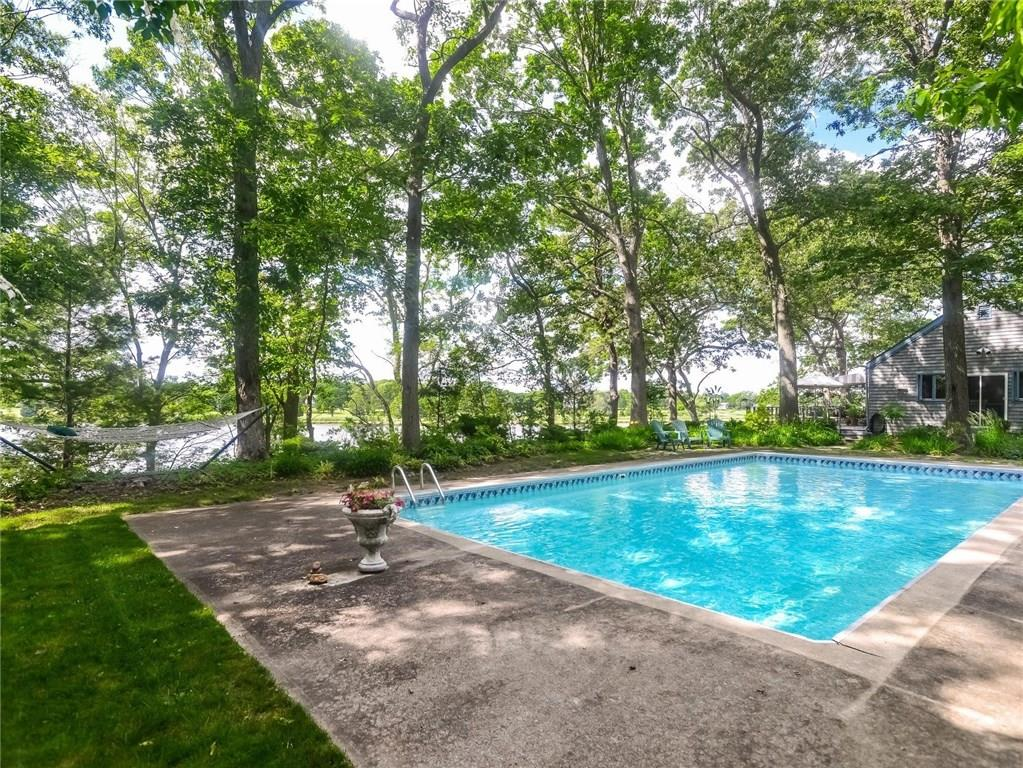 Additional photo for property listing at 45 POJAC POINT RD, North Kingstown, Rhode Island  North Kingstown, Rhode Island,02852 Verenigde Staten