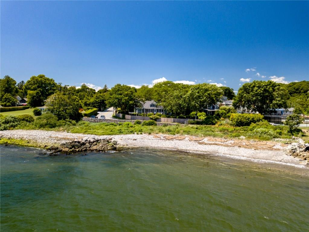 Additional photo for property listing at 190 Ferry RD, North Kingstown, Rhode Island  North Kingstown, ロードアイランド,02874 アメリカ合衆国
