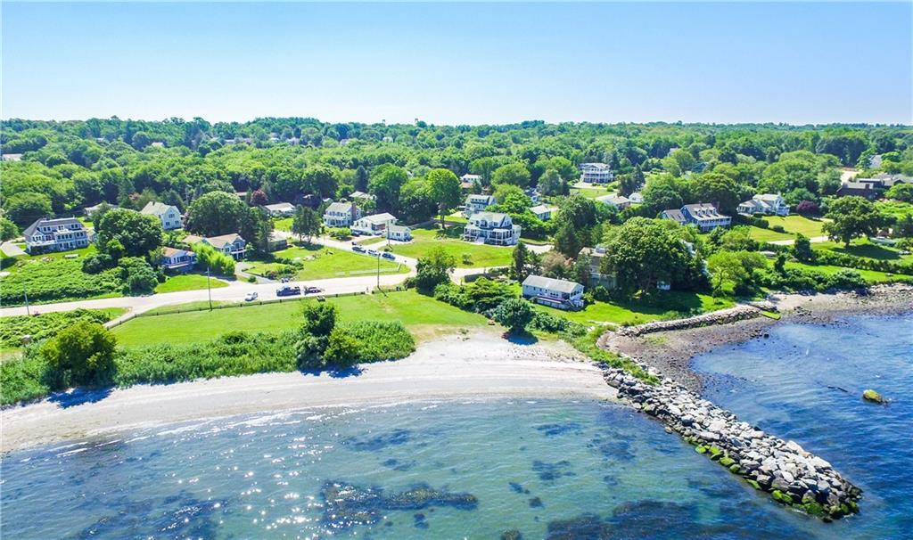 302 Seaside Drive, Jamestown