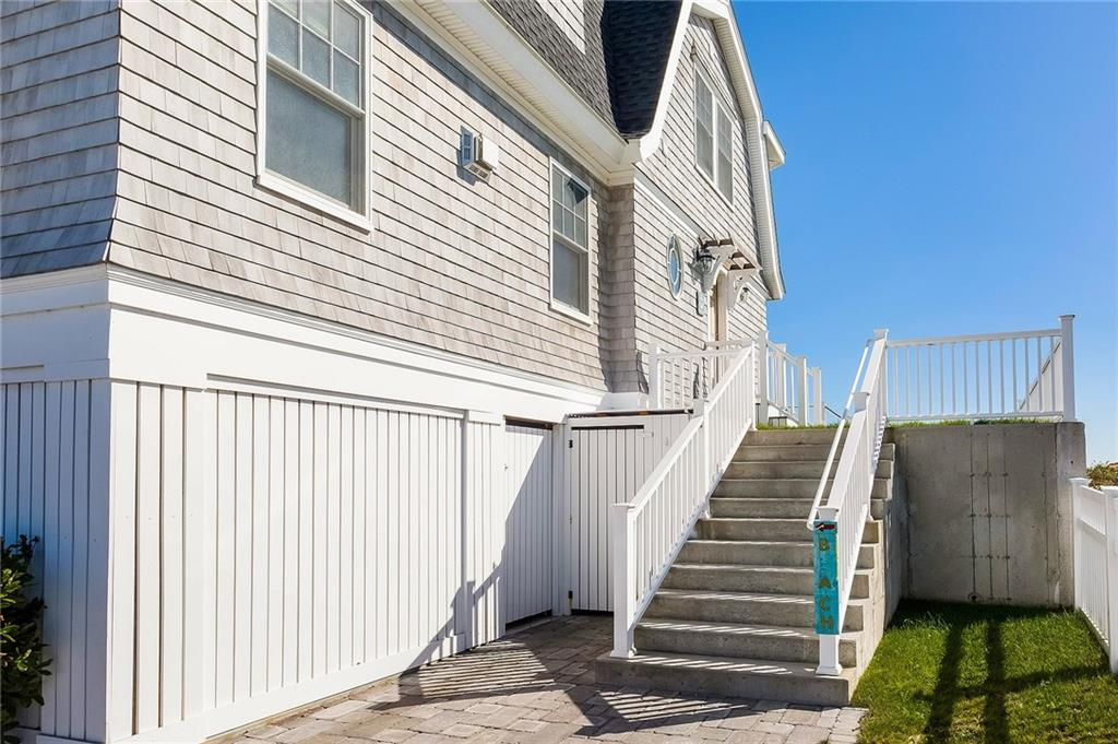 Additional photo for property listing at 57 Atlantic AV, Westerly, Rhode Island  Westerly, Rhode Island,02891 Estados Unidos