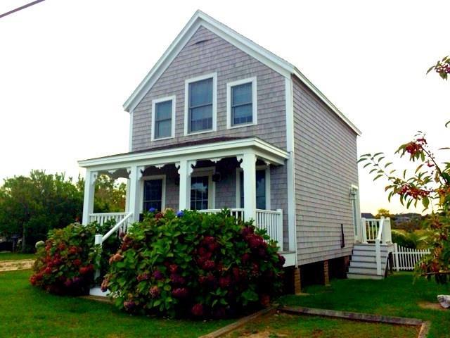 1299 Ocean Avenue, Block Island