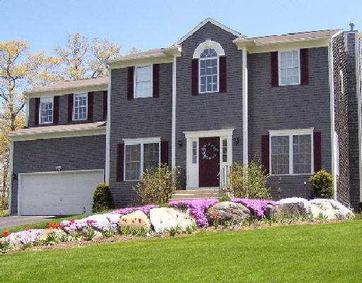 335 Orchard Woods Drive, North Kingstown