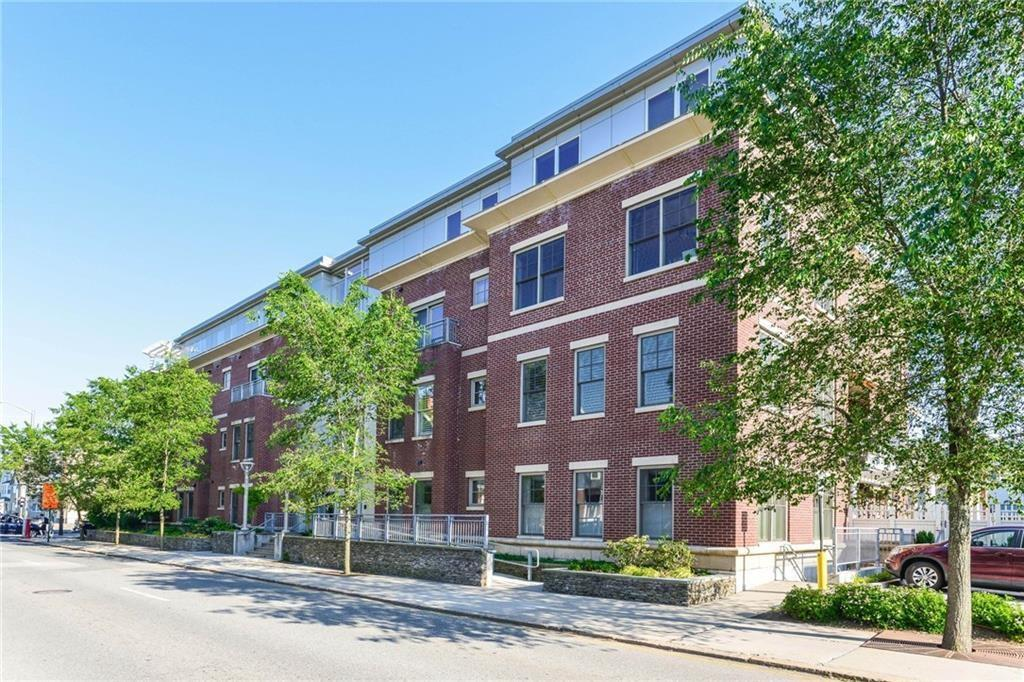 77 South Angell Street, Unit#302, East Side of Prov