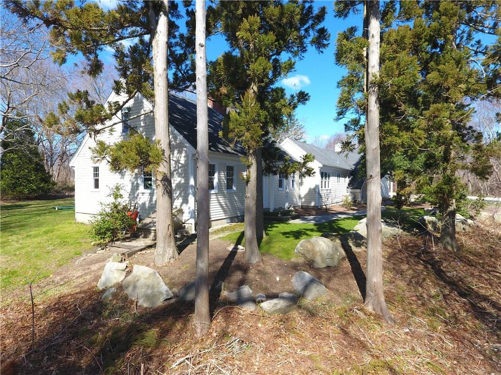 25 Cottrell Road, North Kingstown