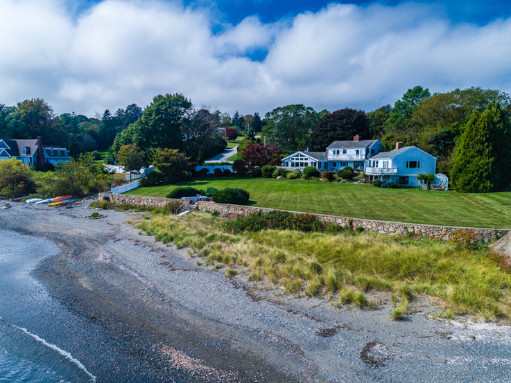 BEACHFRONT HOME IN PORTSMOUTH'S LAWRENCE FARM SELLS FOR $1.425M