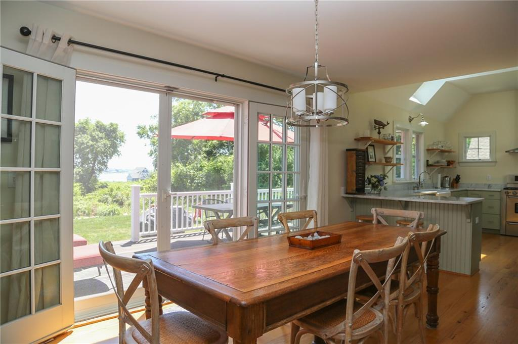 135 Marine Road, South Kingstown