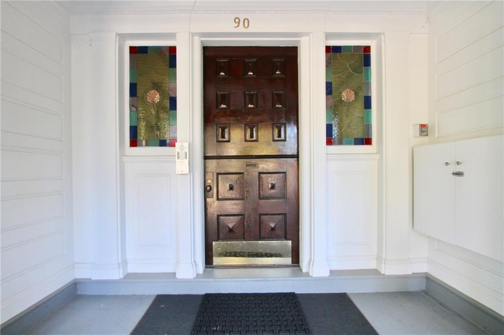 90 Rhode Island Avenue, Unit#3, Newport