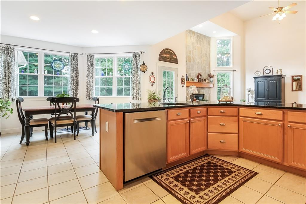 51 Wooded Grove Circle, South Kingstown