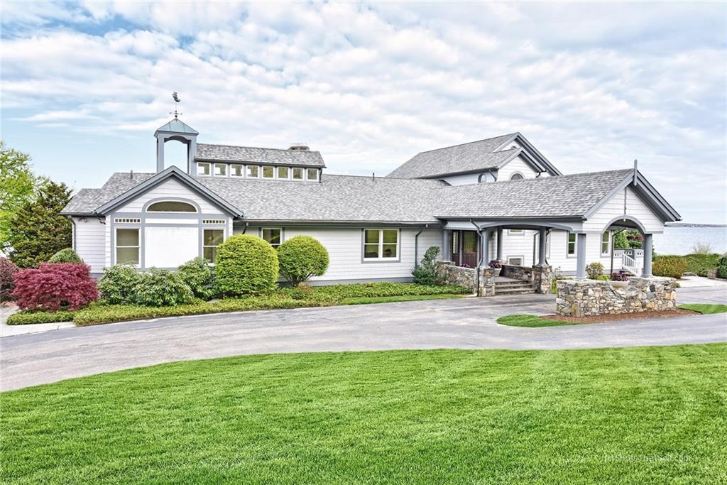 51 Searidge Drive, Narragansett