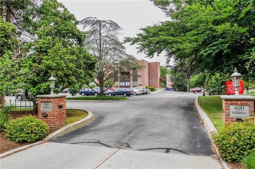 401 Bellevue Avenue, Unit#100, Newport