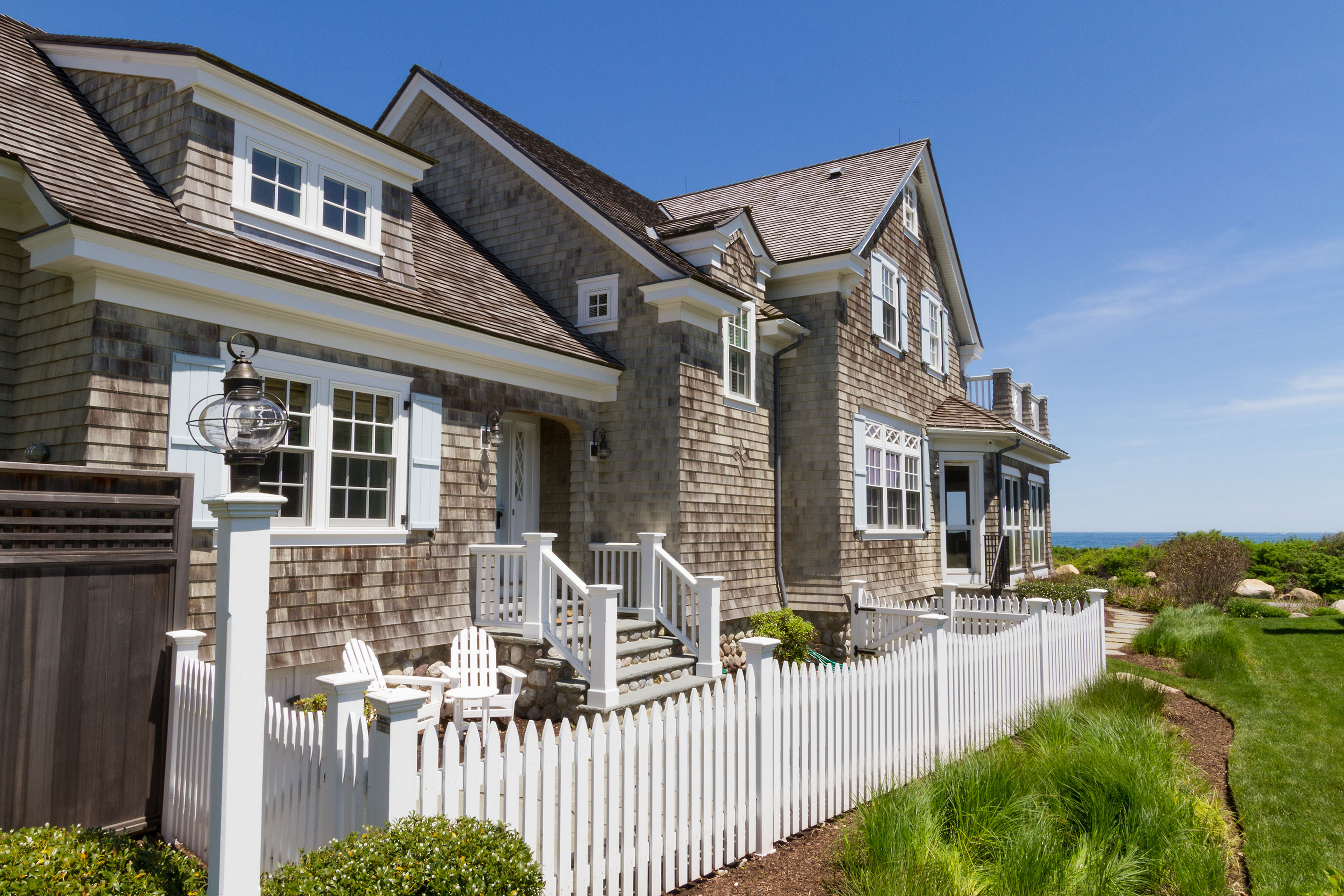 OFF-MARKET WATERFRONT HOME IN QUONNIE SELLS FOR $3.625M, MARKING HIGHEST SALE IN CHARLESTOWN SINCE SEPTEMBER 2017*