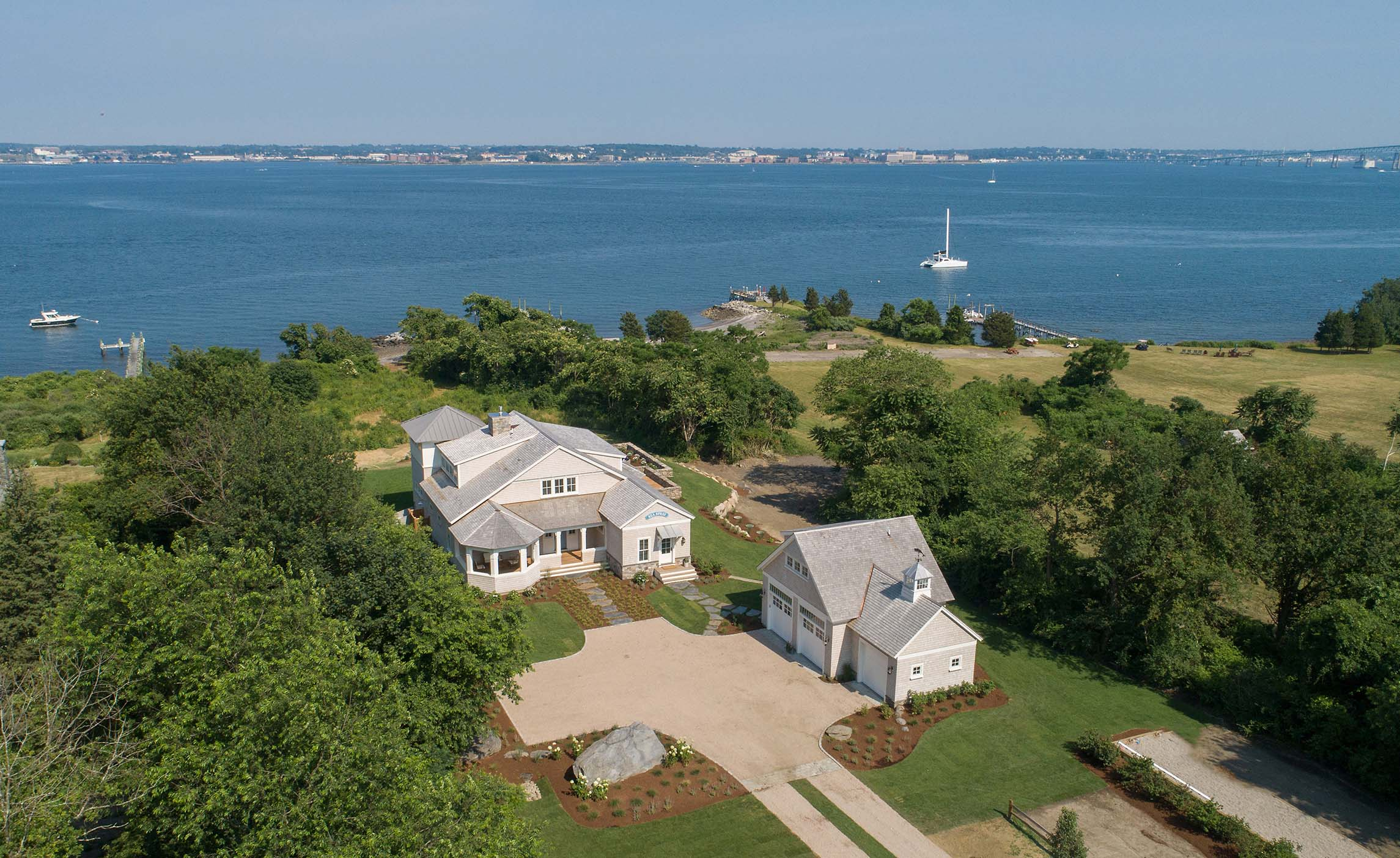 'SEA SPRAY', JAMESTOWN WATERFRONT NEW CONSTRUCTION, SELLS FOR $5M WITH LILA DELMAN ASSOCIATES REPRESENTING BOTH THE BUYER AND SELLER