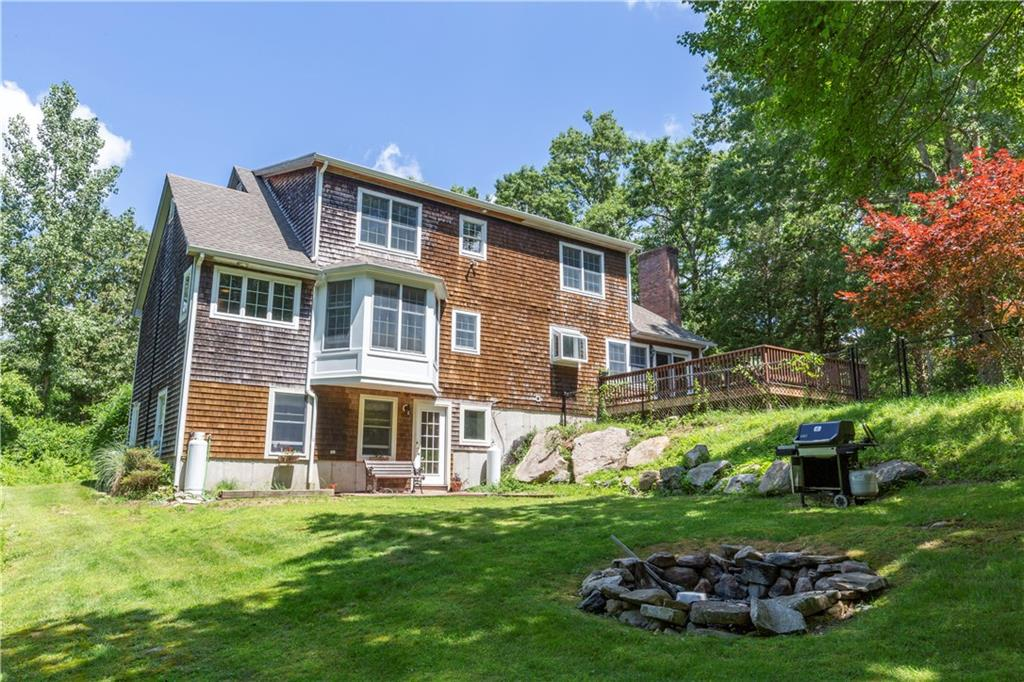505 Old Coach Road, Charlestown