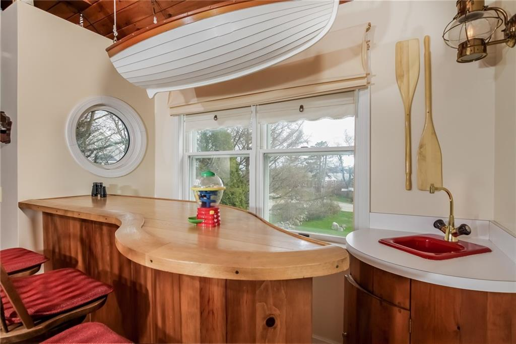 907 Coast Guard Road, Block Island
