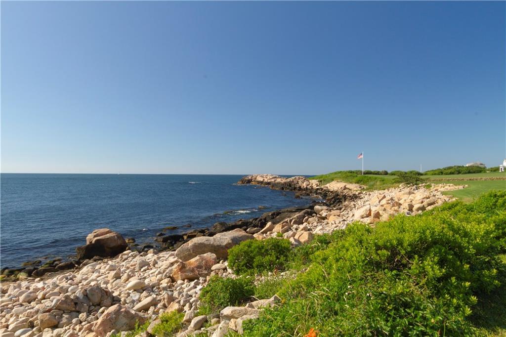 500 Ocean Road, Narragansett