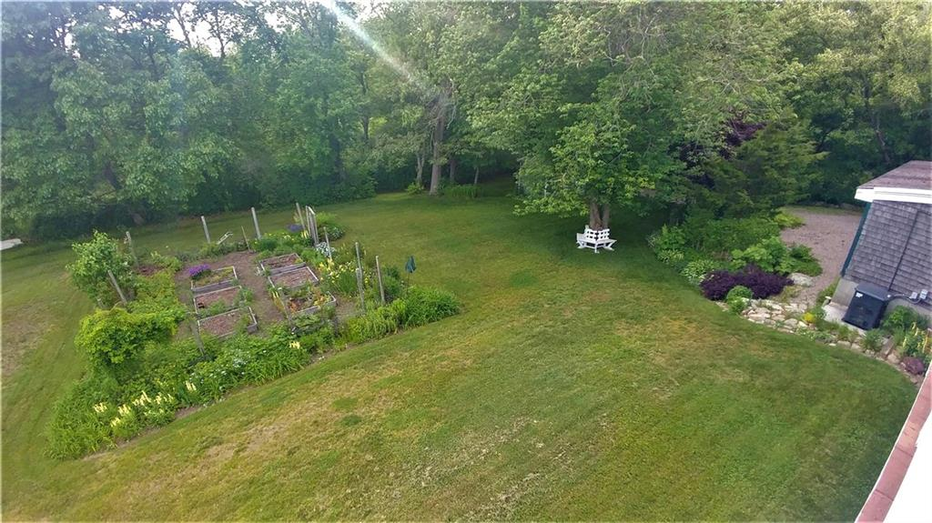 69 Shadberry Trail, South Kingstown
