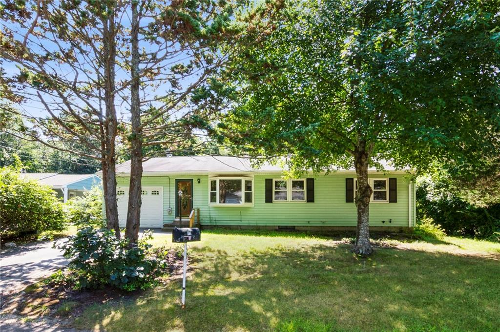 73 Thelma Irene Drive, North Kingstown