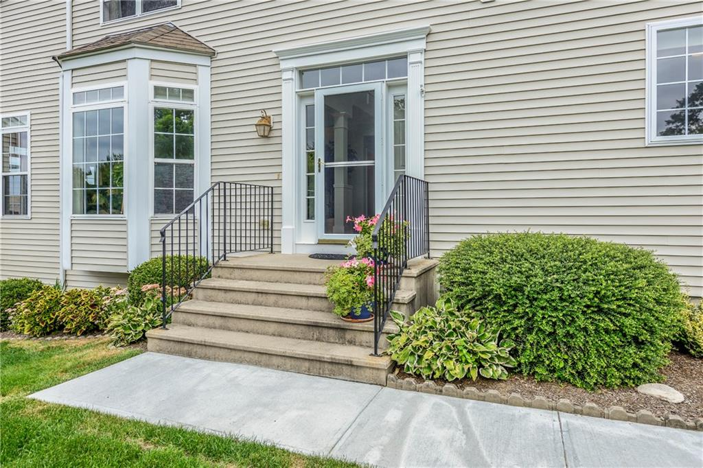 265 Rolling Hill Road, Portsmouth