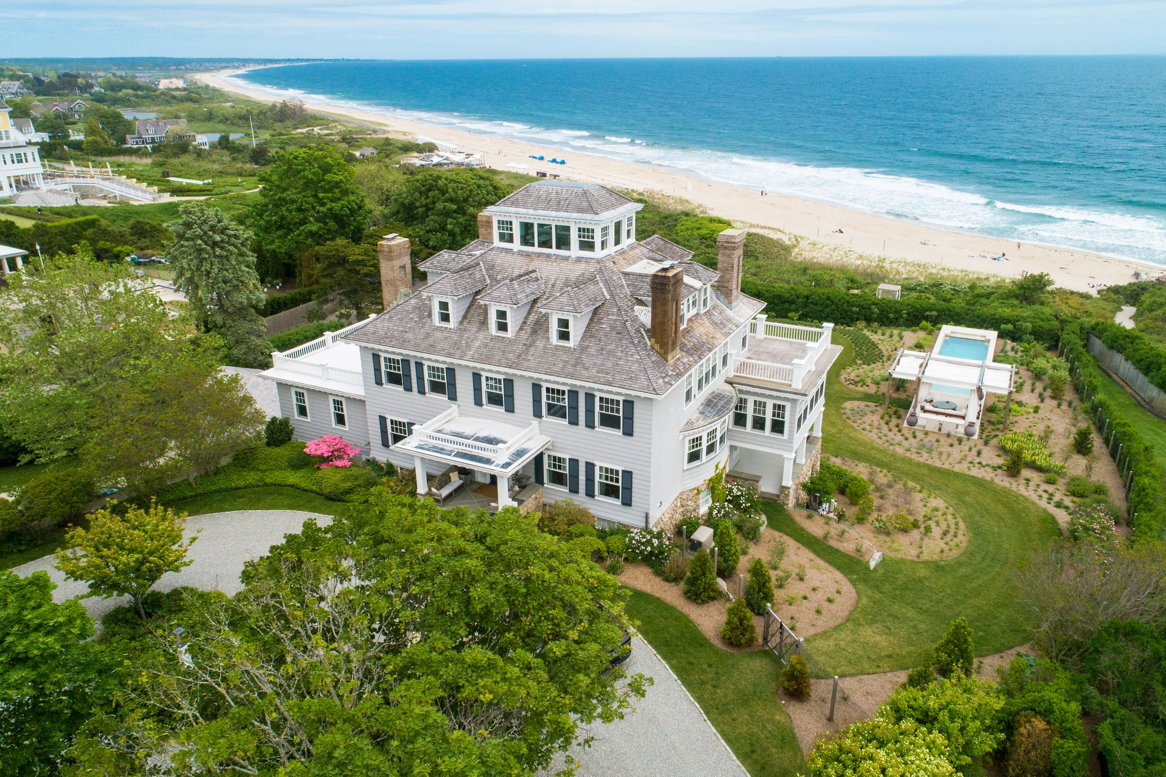 LILA DELMAN REAL ESTATE SELLS WATCH HILL'S 10 BLUFF AVENUE  FOR THE SECOND TIME, MARKING A MONUMENTAL SALE IN THE HISTORY OF RHODE ISLAND'S REAL ESTATE MARKET