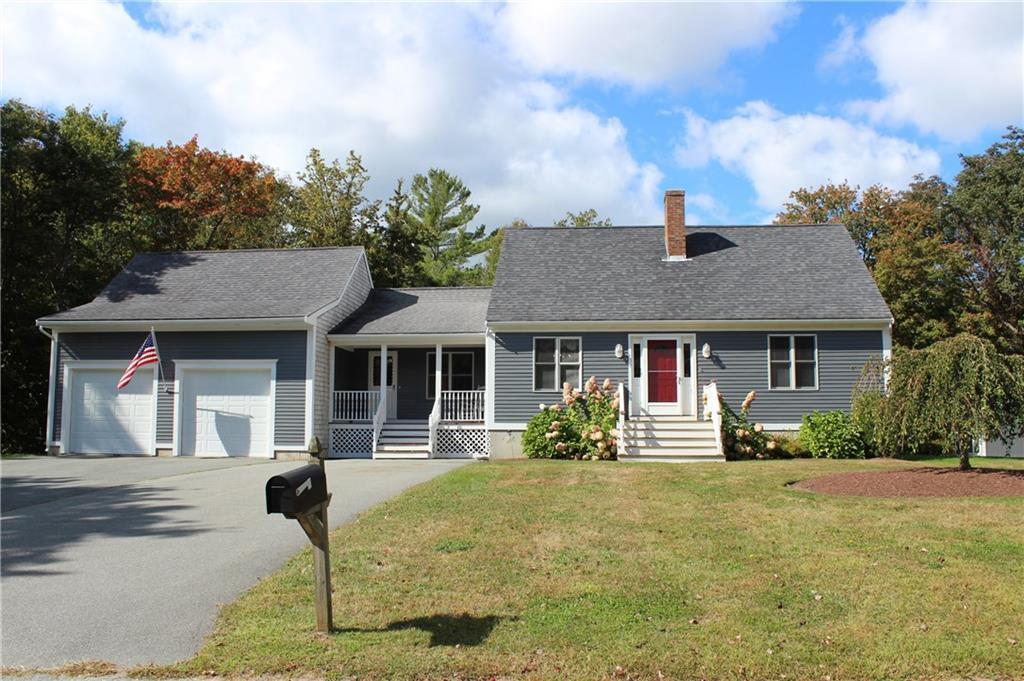 230 Holly Circle, Tiverton
