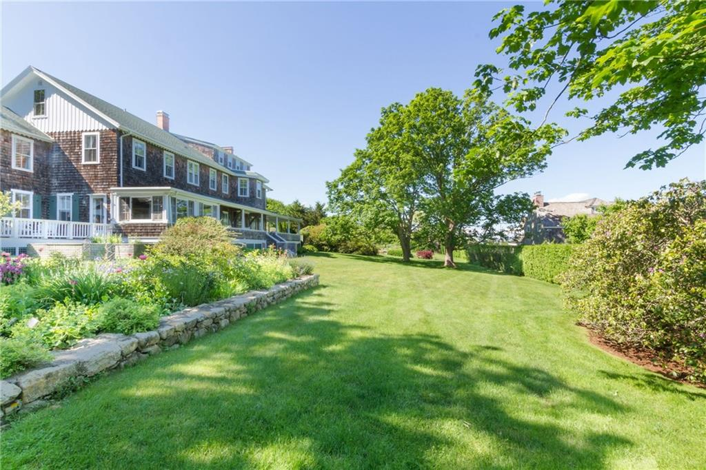 348 Ocean Road, Narragansett