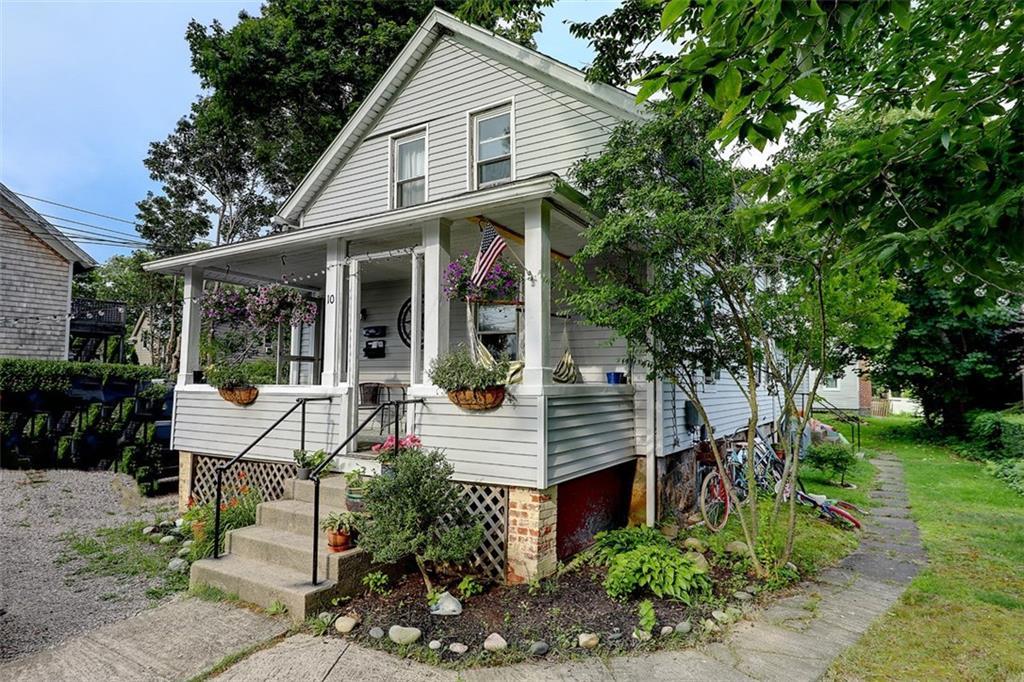 10 Robinson Street, Narragansett