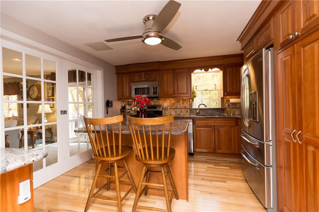 330 Congdon Hill Road, North Kingstown