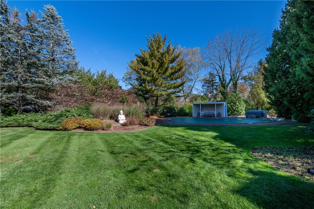 6 Apple Tree Lane, Barrington