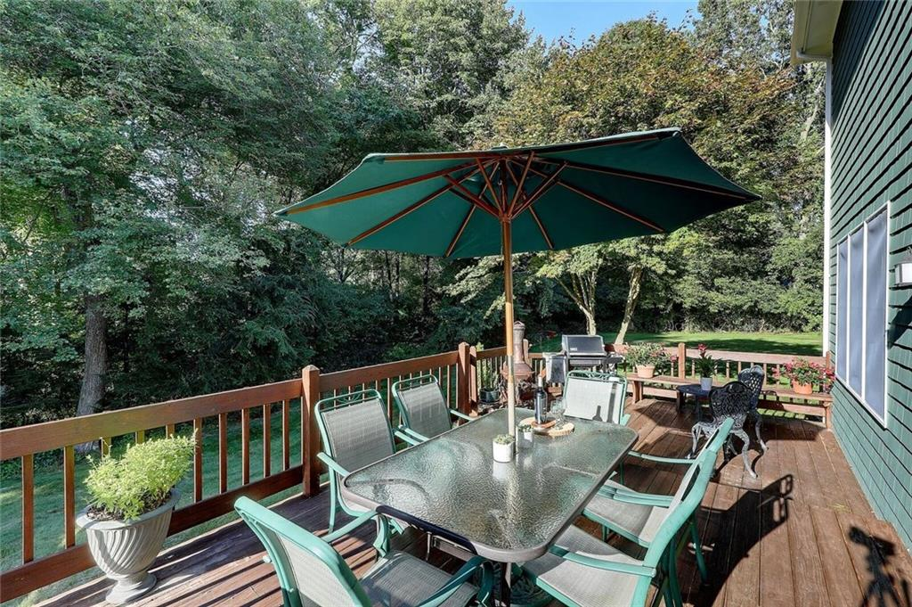 33 Holly Hills Lane, North Kingstown