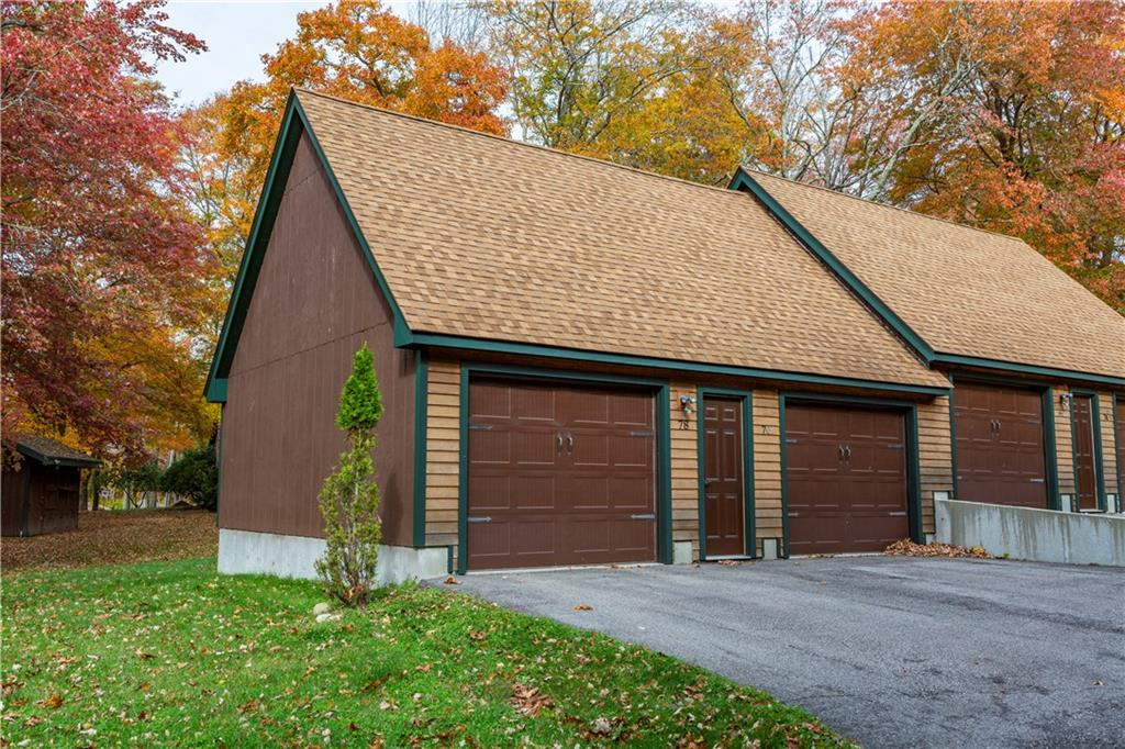 78 Conservatory Way, North Kingstown