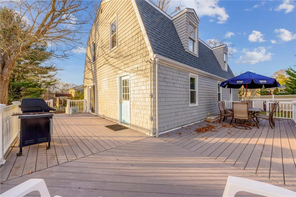 19 Juniper Trail, Narragansett