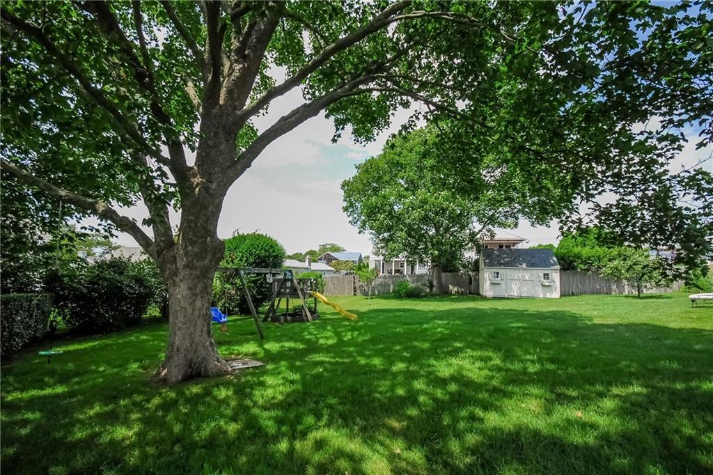 10 Renfrew Park Circle Ne, Middletown