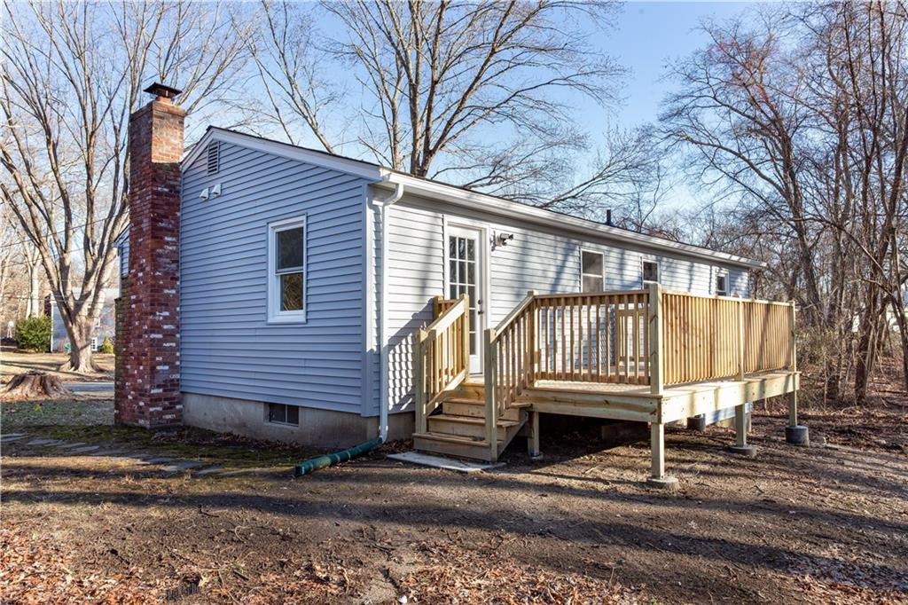 21 Woodmont Drive, North Kingstown