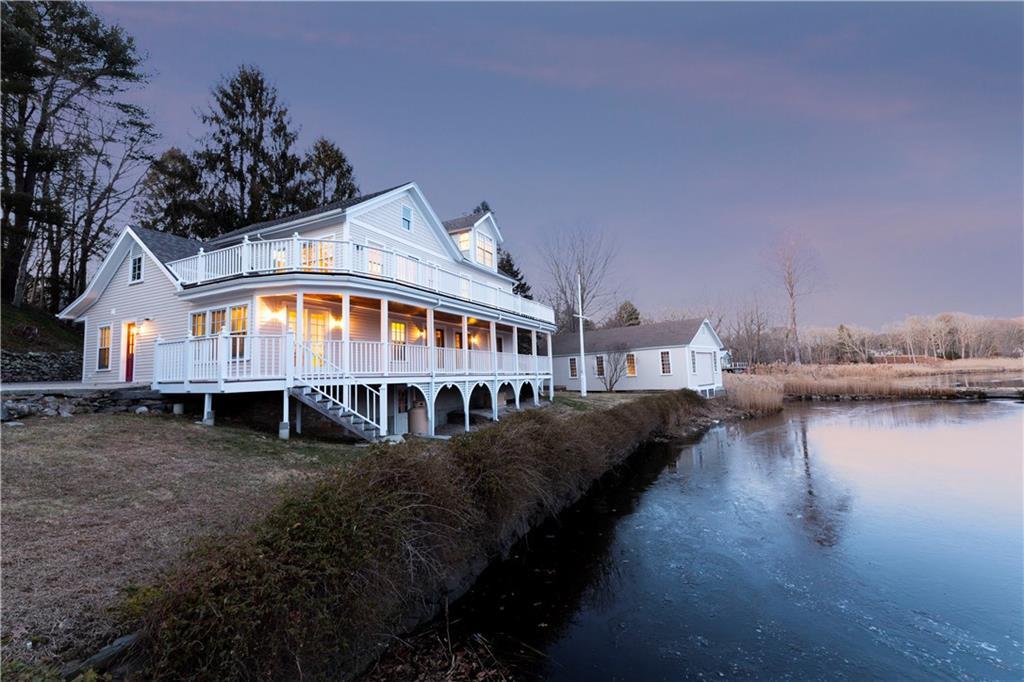 1130 River Road, Old Mystic