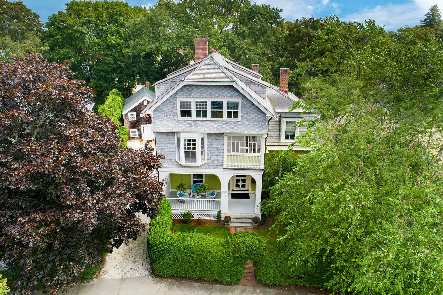 KAY-CATHERINE AREA QUEEN-ANNE STYLE HOME SELLS FOR $1.637M, WITH LILA DELMAN ASSOCIATES REPRESENTING BOTH THE SELLER AND THE BUYER