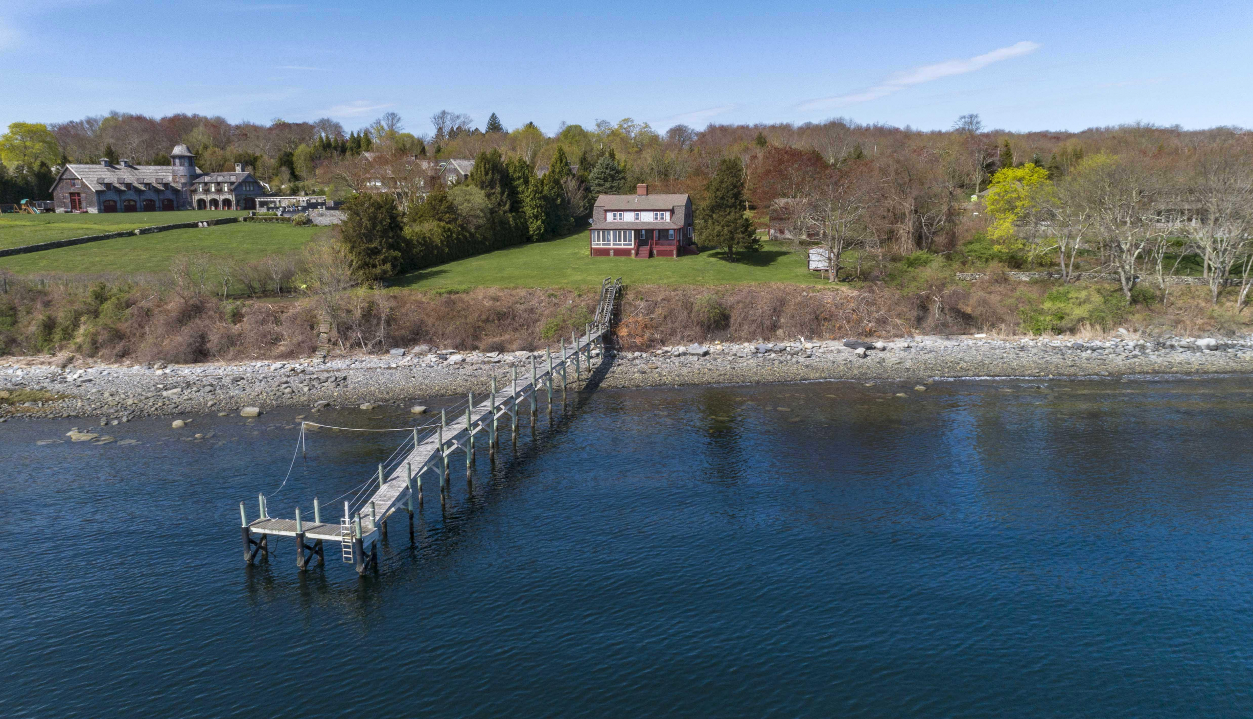 WATERFRONT POST AND BEAM COLONIAL SELLS FOR $2.75M, MARKING THE TOP SALE IN JAMESTOWN YEAR-TO-DATE*