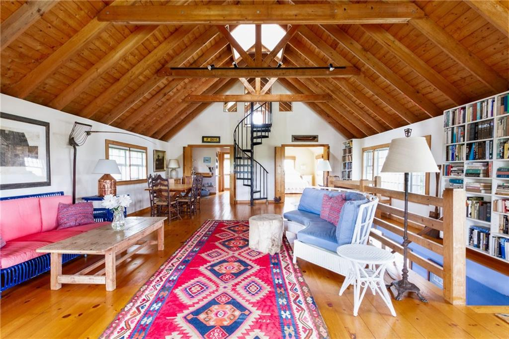 883 Cooneymus Road, Block Island